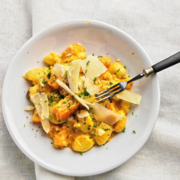 Potato gnocchi sauce with pumpkin